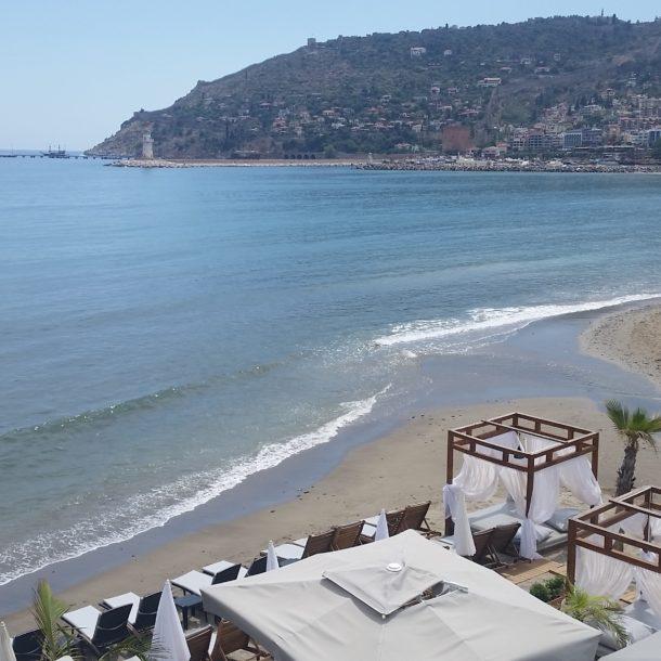 beachview seaview castleview hotelroom hotelsuite beachclub cabana