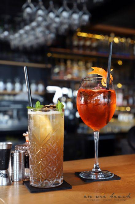 aperolspritz drink cocktail negroni bar mixologi restarant