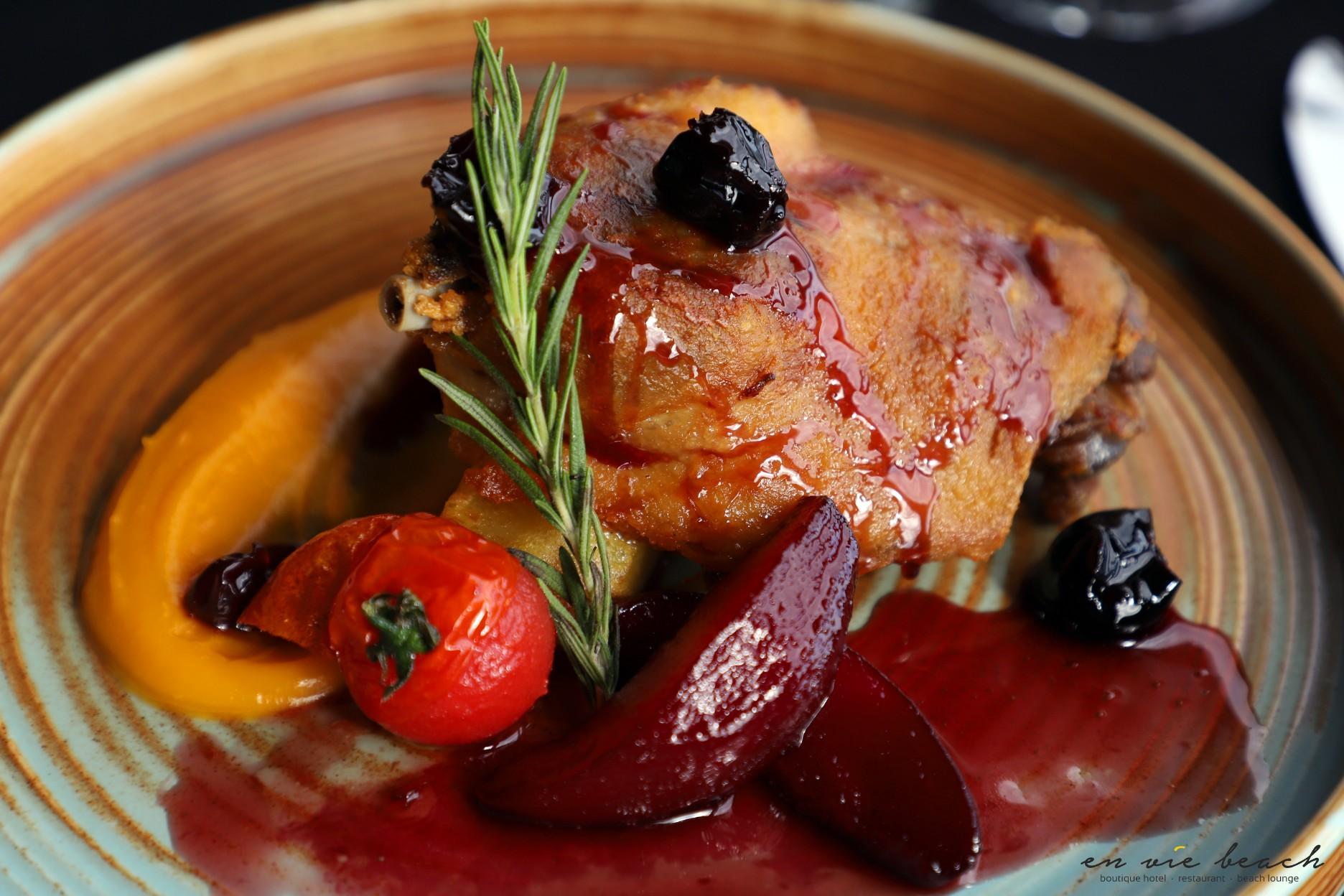 duck duckconfit restaurant dish dinner wineanddine