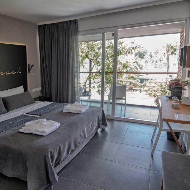 room hotel hotelbed hotelroom seaview enviebeach alanya hotelalanya