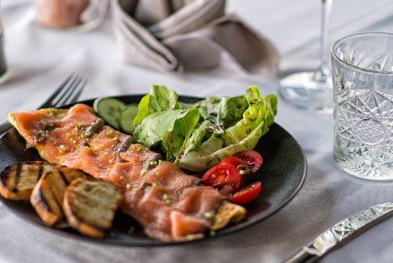restaurant salmon fritata lunch breakfast hotel alanya