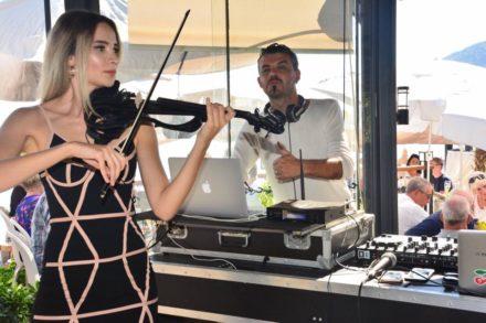 champagnelunch violinist dj musician performer musicalperformance restaurant beachclub
