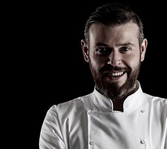 Professional chef Deniz Ahmet Köşe cook cullinary genius